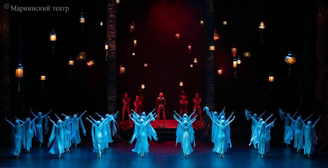 Всемирно известный хореограф находится с визитом в Баку
