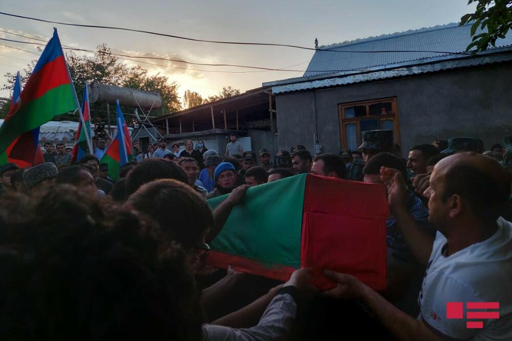 Военнослужащий, погибший в ДТП в Лачине, похоронен в Товузе