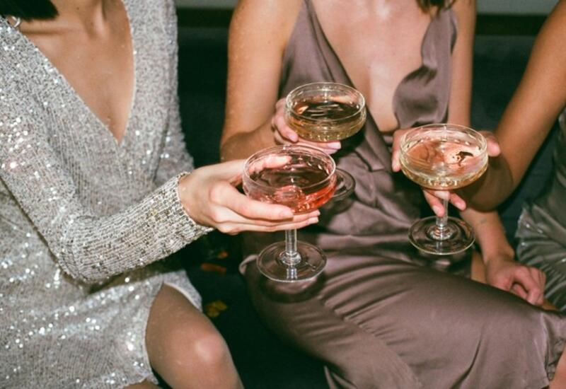 В ВОЗ захотели запретить женщинам пить алкоголь