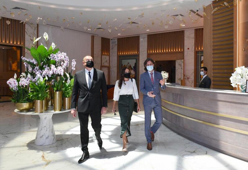 """Prezident İlham Əliyev və Birinci xanım Mehriban Əliyeva Bakıda """"Intercontinental"""" otelinin açılışında iştirak edib"""