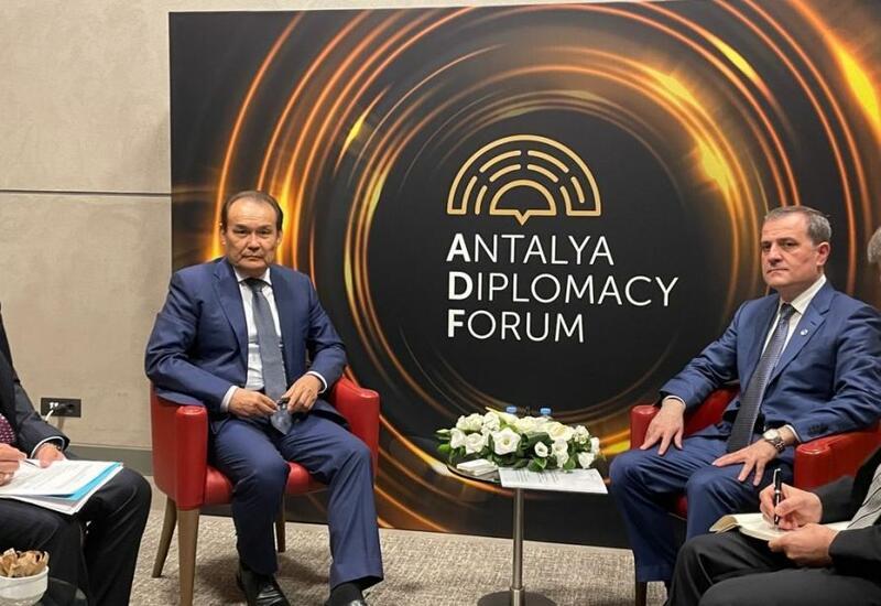 Джейхун Байрамов напереговорах с генсеком Тюркского совета