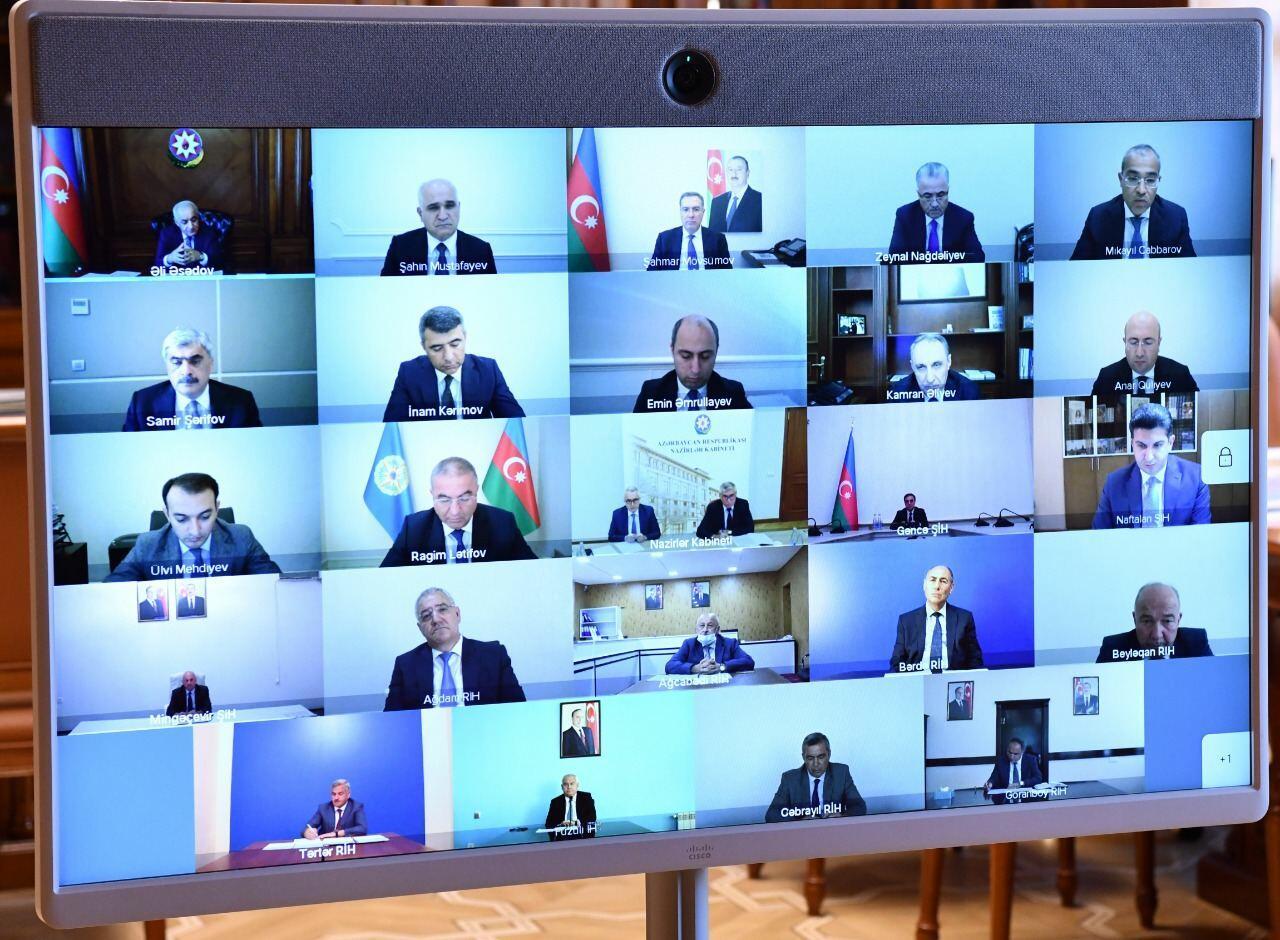 Госкомиссия Азербайджана обсудила вопросы в связи с устранением ущерба от армянской агрессии