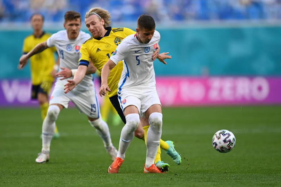 ЕВРО-2020: Швеция обыграла Словакию на Евро благодаря пенальти