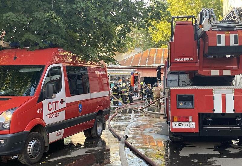 Названа возможная причина пожара на складе пиротехники в Москве