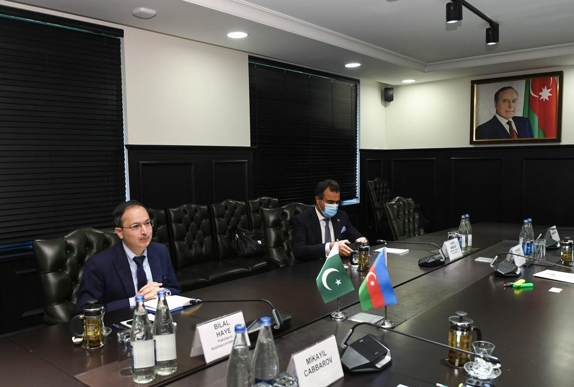 Азербайджан и Пакистан обсудили сотрудничество по проектам на освобожденных территориях