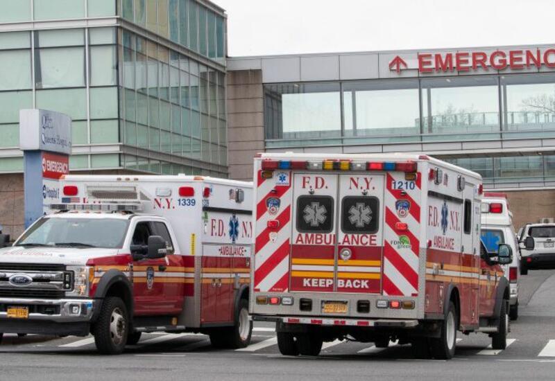 В США автомобиль сбил участников велогонок