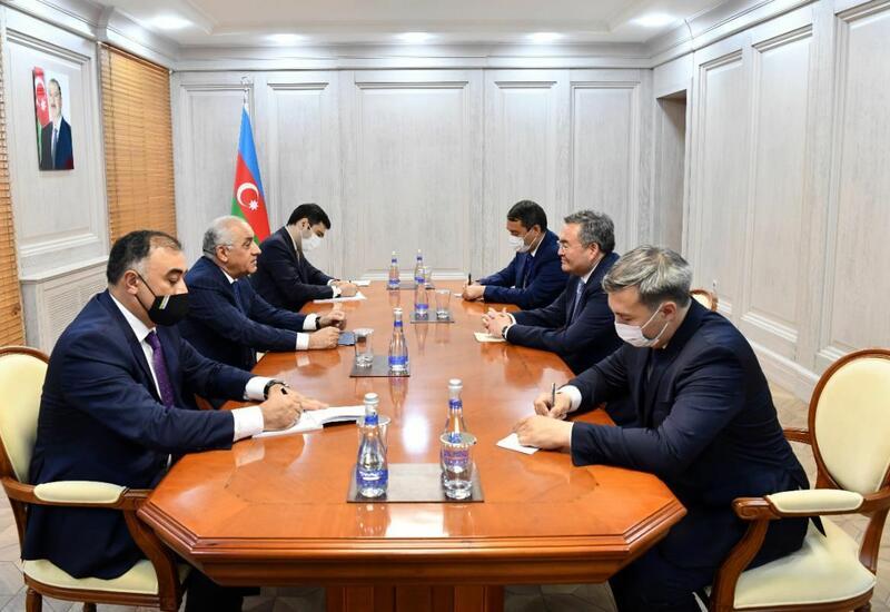 Али Асадов встретился с вице-премьером Казахстана