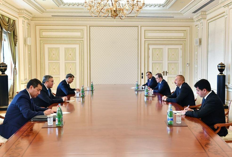 Президент Ильхам Алиев принял заместителя премьер-министра Казахстана