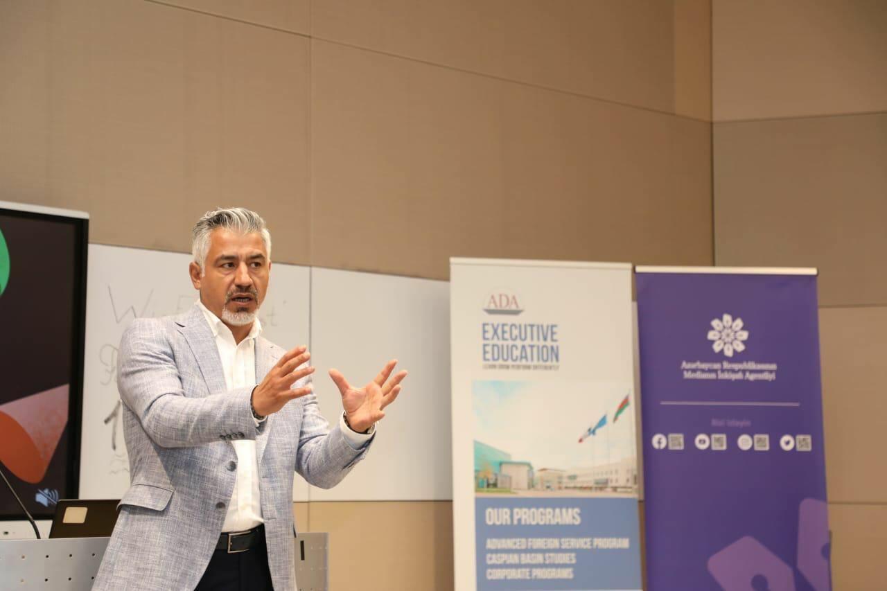 В Азербайджане продолжается цикл семинаров на тему «К реформам в медиа»