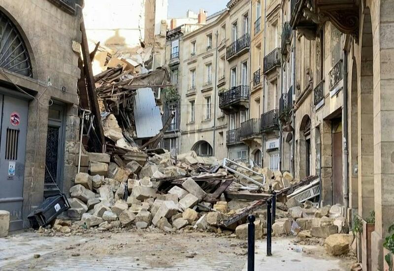 Во Франции обрушились здания