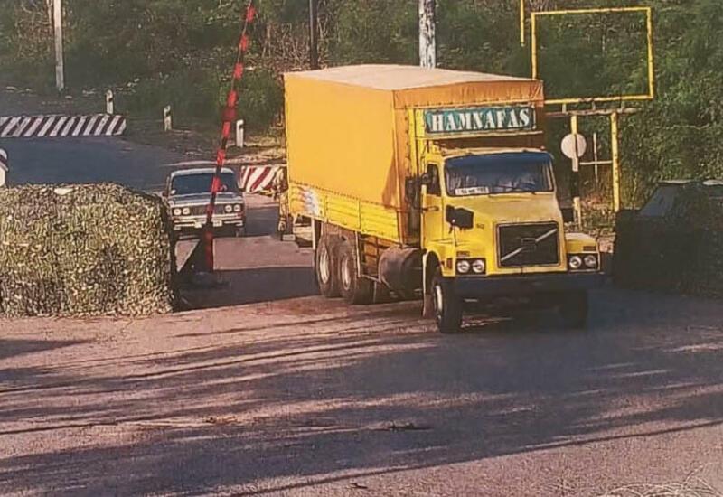 В Ханкенди пробираются грузовики из Ирана