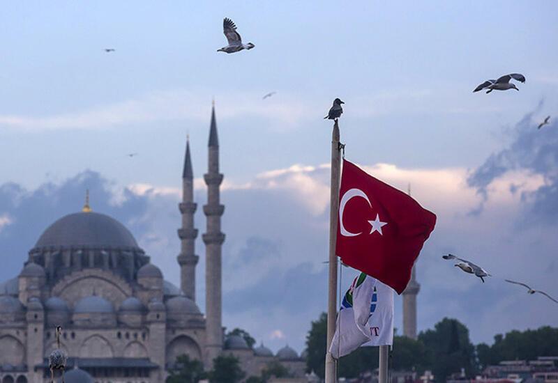В Турции отменили комендантский час
