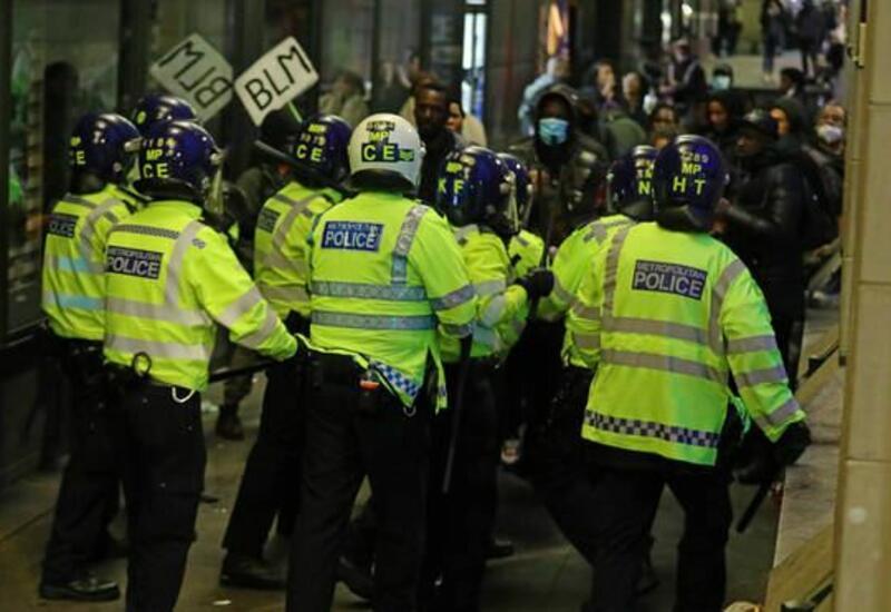 Полиция задержала 14 участников акции протеста против ковид-ограничений в Лондоне