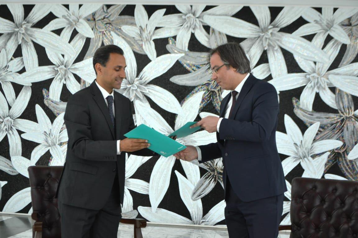 Центр мугама подписал меморандум о сотрудничестве с Институтом Юнуса Эмре