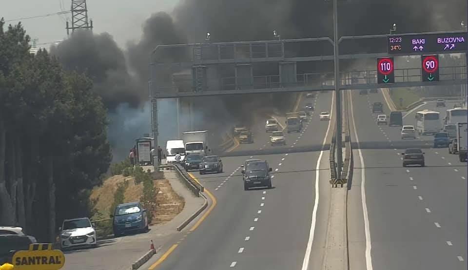 Пожар на Мардакянской дороге, образовалась пробка