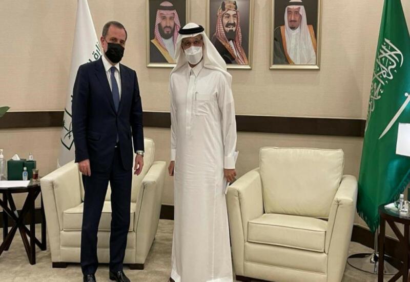 Джейхун Байрамов на переговорах с министром инвестиций Саудовской Аравии