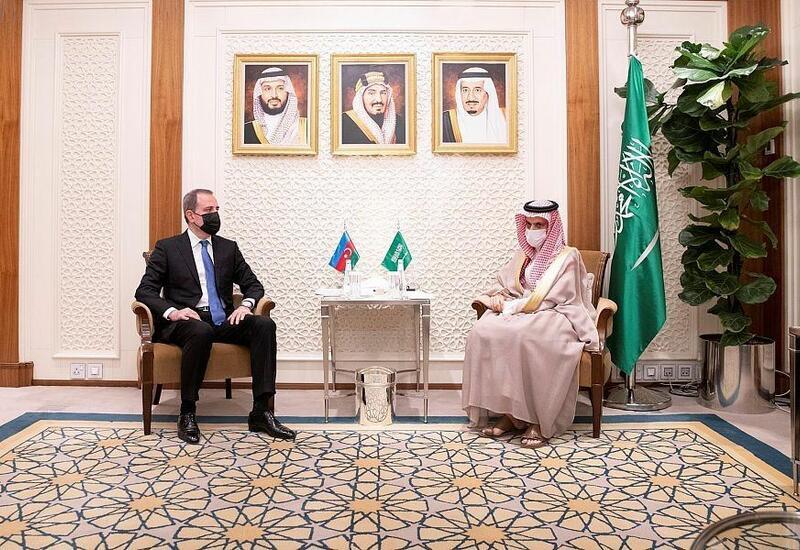 Переговоры глав МИД Азербайджана и Саудовской Аравии
