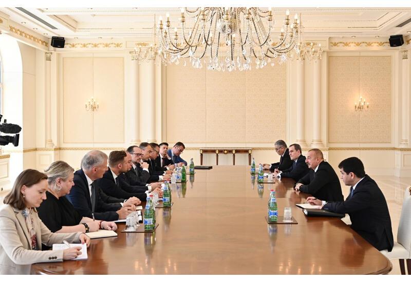 Президент Ильхам Алиев принял министров иностранных дел Румынии, Австрии, Литвы и делегацию Европейского Союза