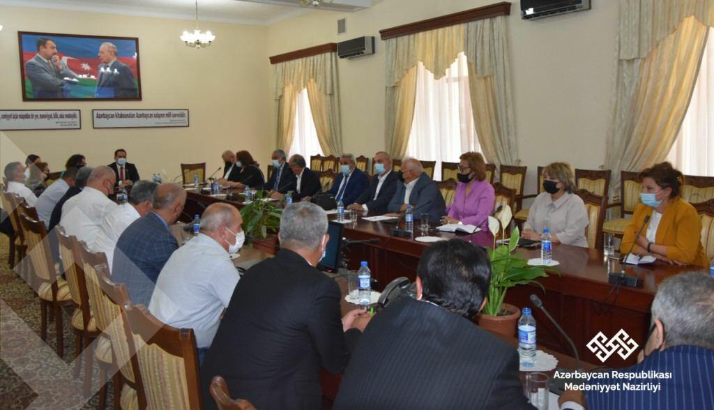 Руководители театров Азербайджана обсудили проблемы в сфере культуры
