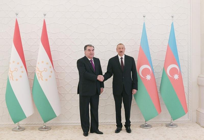 Состоялся телефонный разговор между Президентом Ильхамом Алиевым и Эмомали Рахмоном