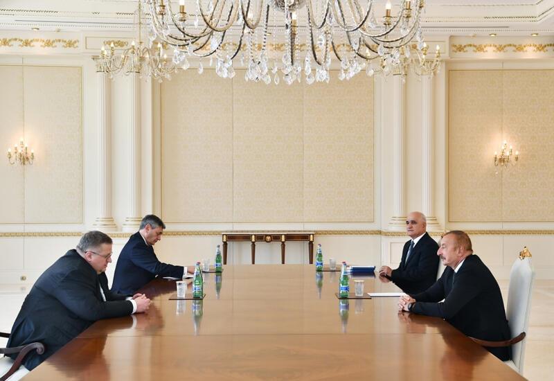 Президент Ильхам Алиев принял заместителя премьер-министра Российской Федерации