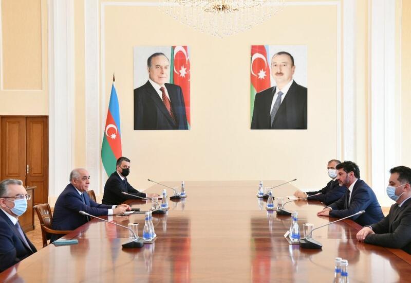 Али Асадов на переговорах с мэром Тбилиси
