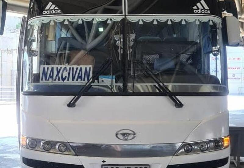 Баку восстановил автобусные рейсы в Нахчыван