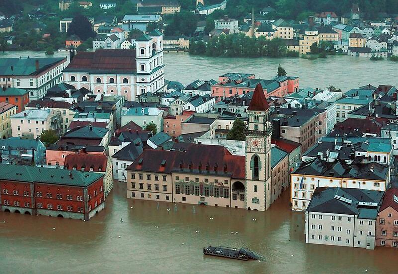 Среди пострадавших от стихийного бедствия в Западной Европе азербайджанцев нет