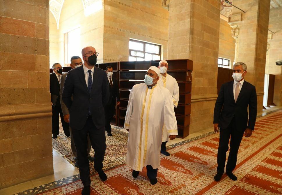 Президент Европейского совета посетил шамахинскую Джума-мечеть