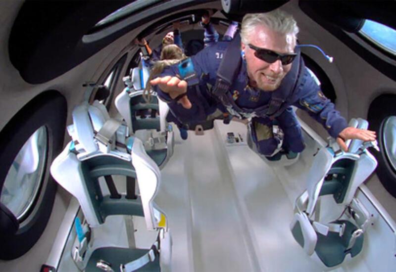 Конкурент Безоса потерял часть состояния после его полета в космос