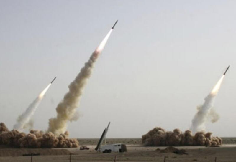 По президентскому дворцу в Афганистане выпустили ракеты