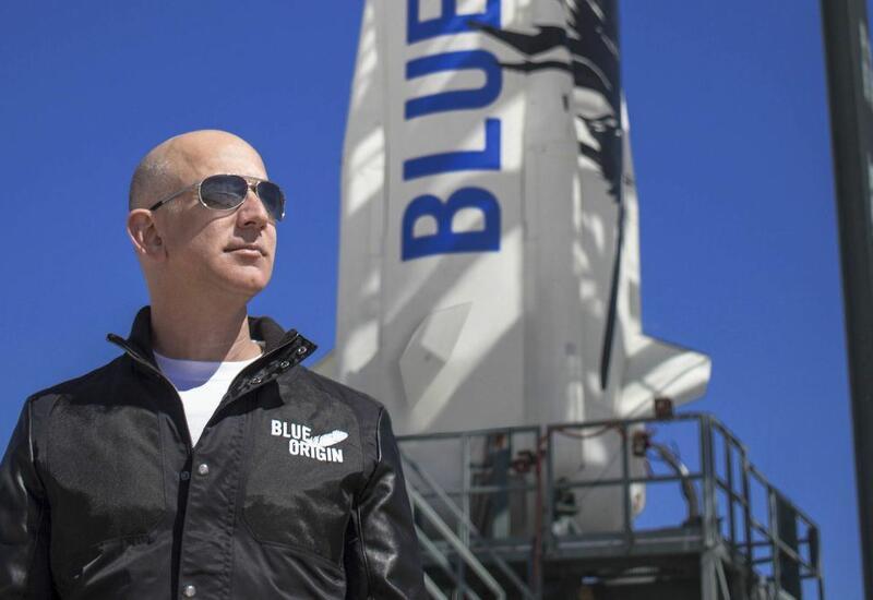 Фирма Безоса планирует в 2021 году два полета космического корабля с пассажирами