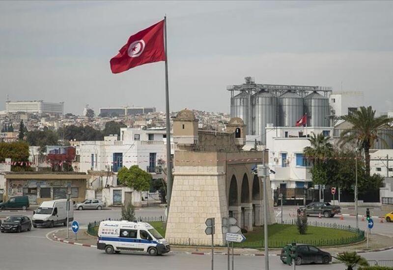 Главу Минздрава Туниса уволили на фоне роста числа случаев заражения коронавирусом
