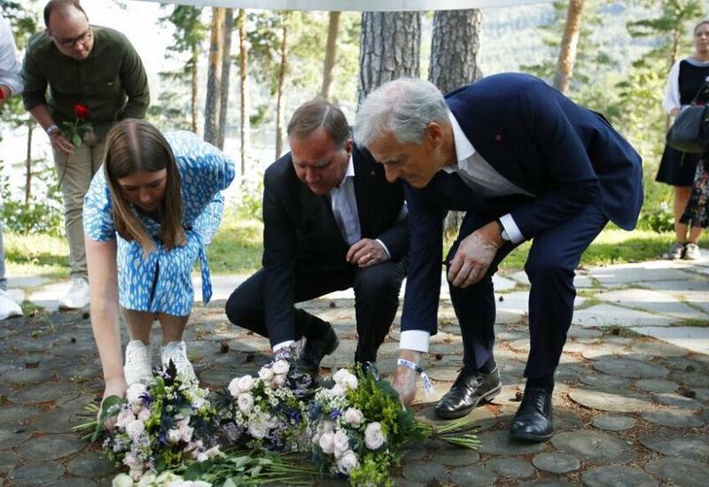 Норвегия вспоминает жертв теракта
