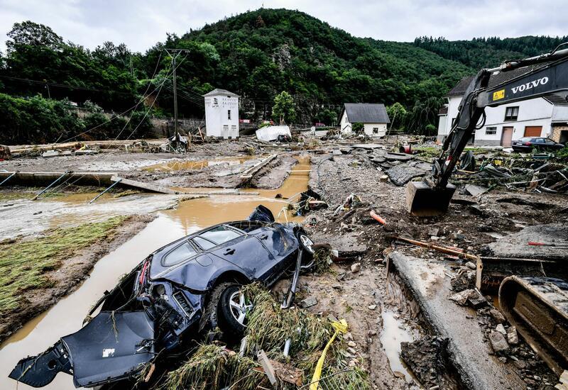 Германия: жертвы наводнения возвращаются