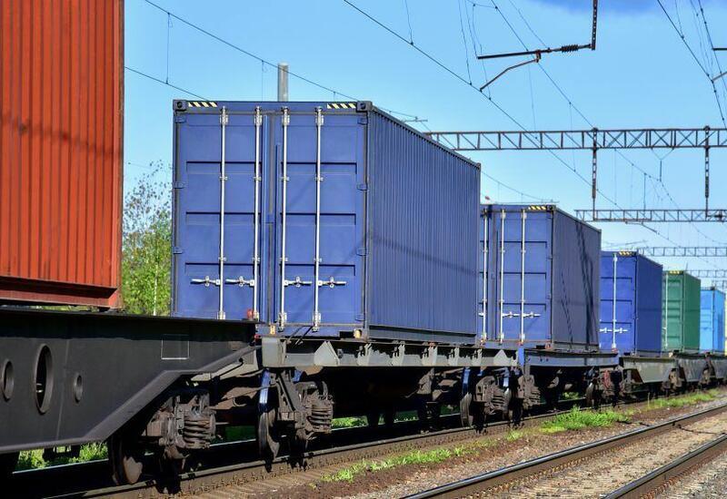 Российская компания готова расширить поставки в Азербайджан железнодорожных вагонов