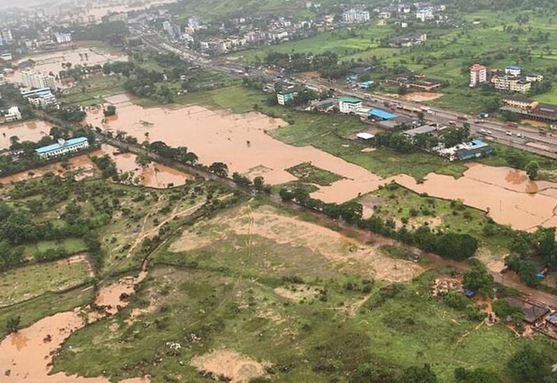 Наводнения и оползни на западе Индии