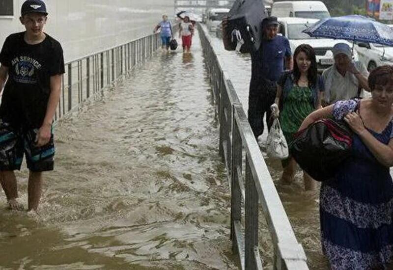 В Сочи из-за угрозы затопления отключили электроподстанцию