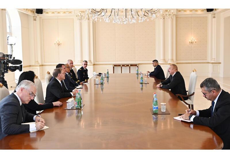 Президент Ильхам Алиев принял делегацию во главе с губернатором американского штата Оклахома