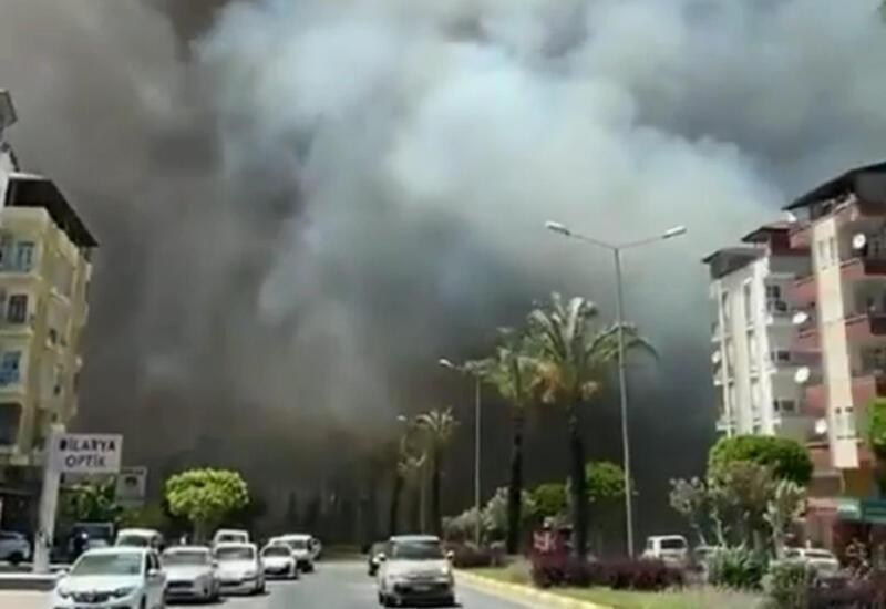 Власти Антальи просят объявить город зоной бедствия
