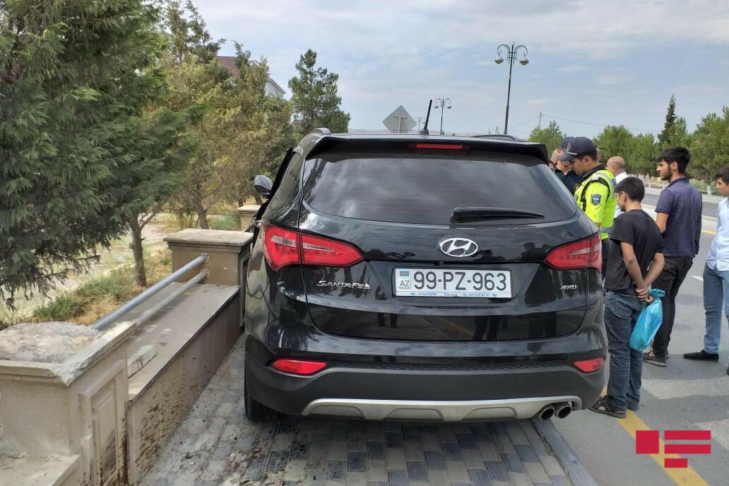 В Гаджигабуле столкнулись два автомобиля, много пострадавших