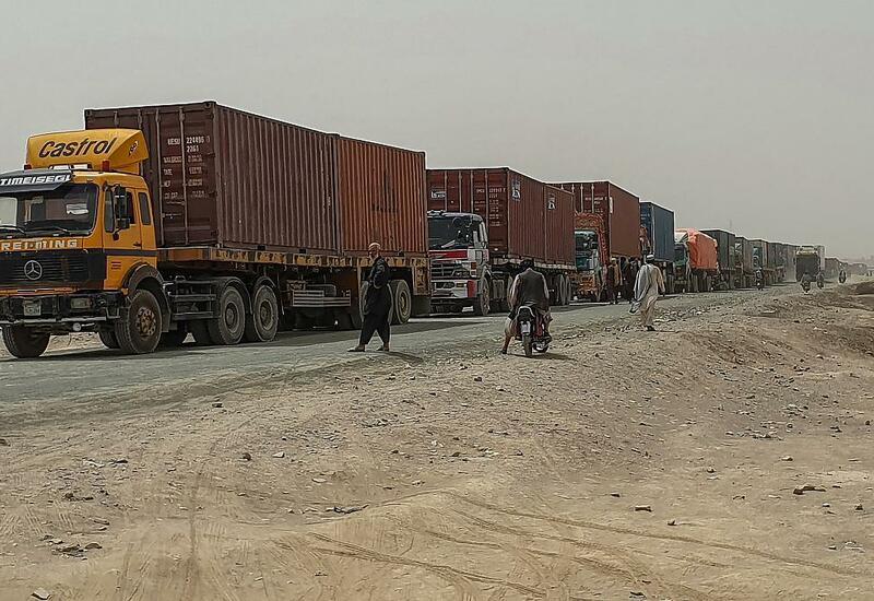 Талибы взимают плату за перевозку грузов в Пакистан