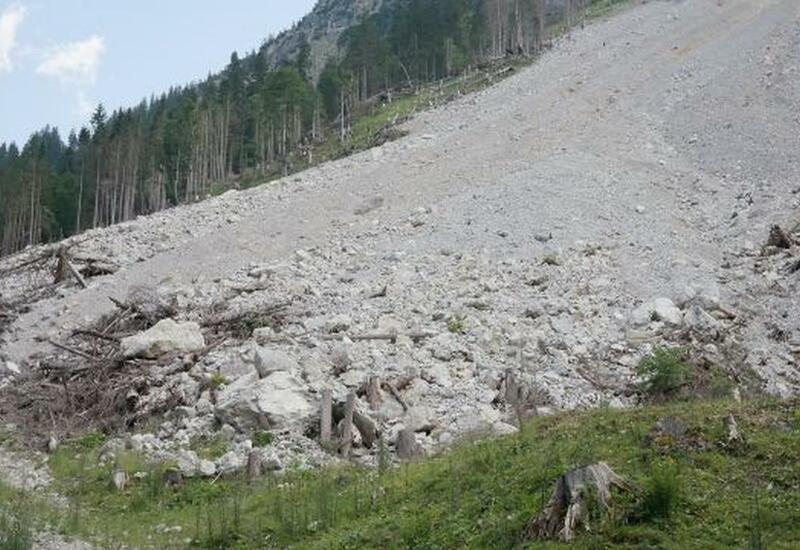Селевой поток повредил шесть жилых домов в Дагестане
