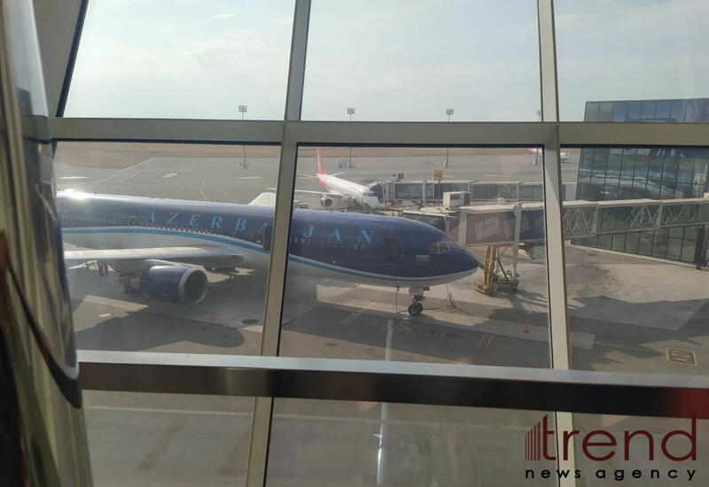 Противопожарные подразделения МЧС Азербайджана вылетают в Турцию самолетом AZAL