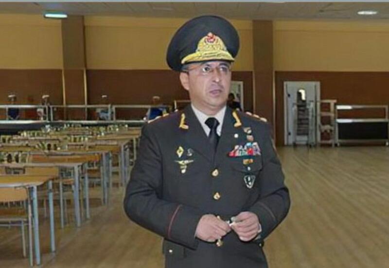На суде по делу генерала Ровшана Акберова зачитано обвинительное заключение