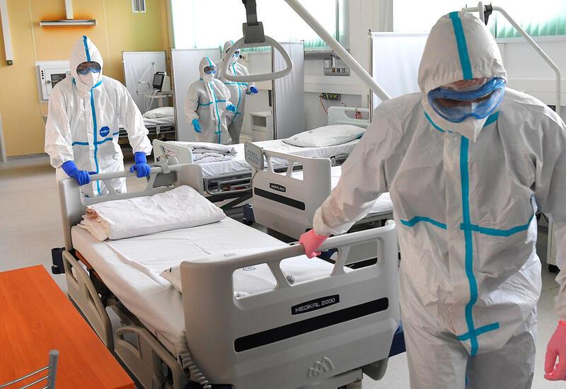 В июле число смертей от коронавируса в России стало максимальным за всю пандемию