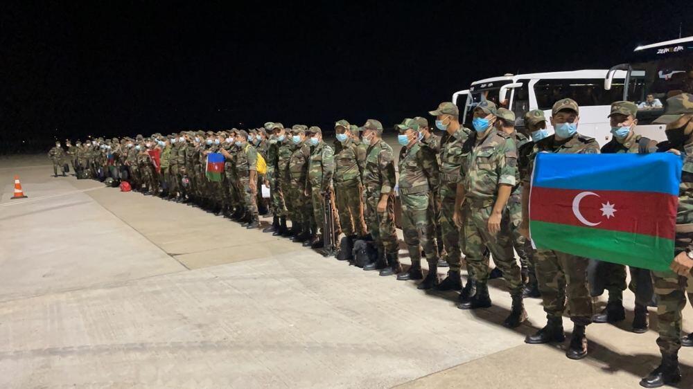 Первая группа азербайджанских пожарных прибыла в Турцию