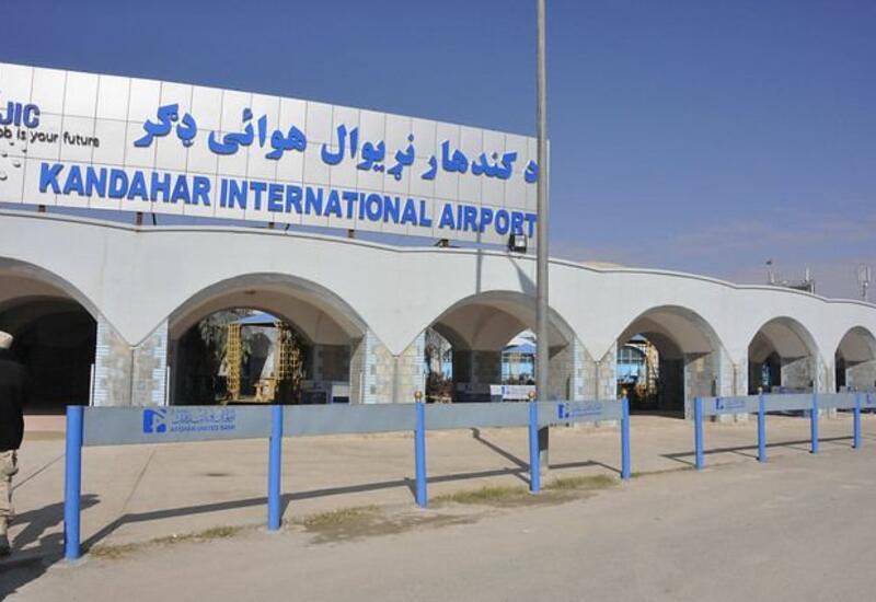 По аэропорту в Кандагаре были выпущены три снаряда