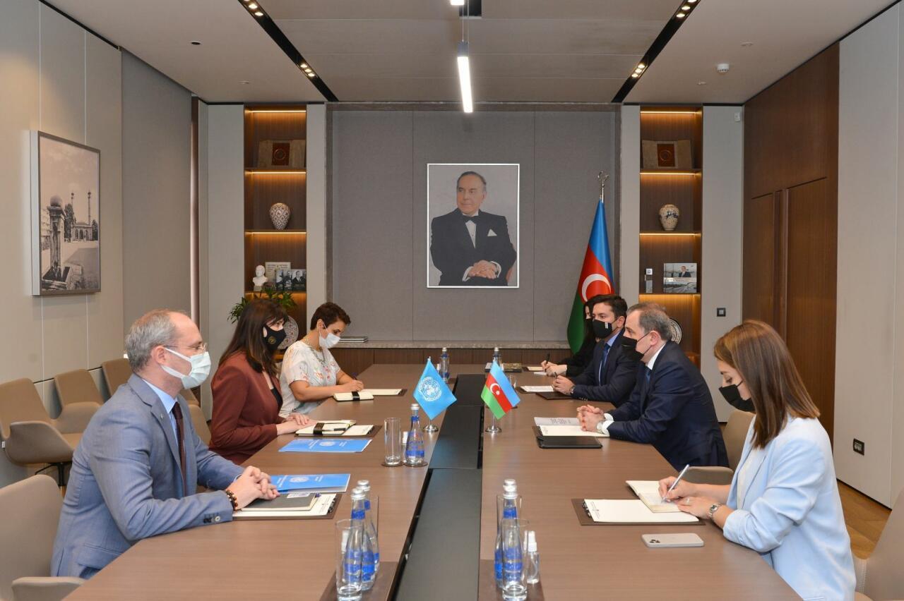 Джейхун Байрамов принял нового резидента-координатора ООН