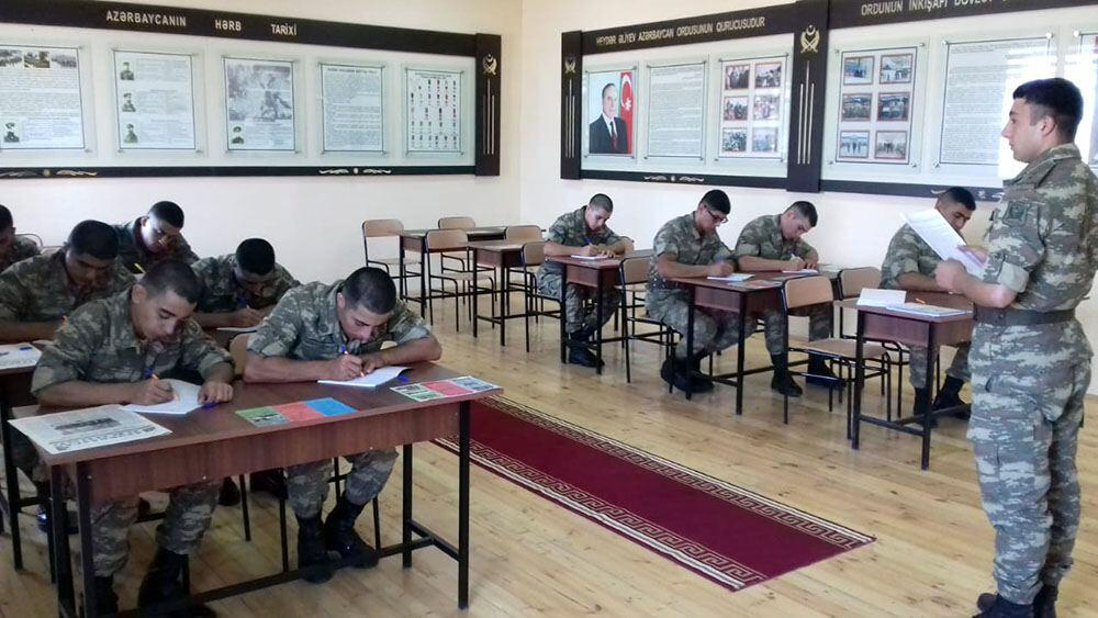 В азербайджанской армии начался летний период обучения